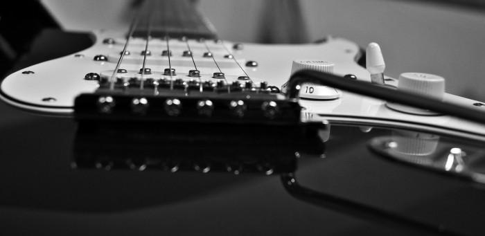 guitar-832819_1280 のコピー