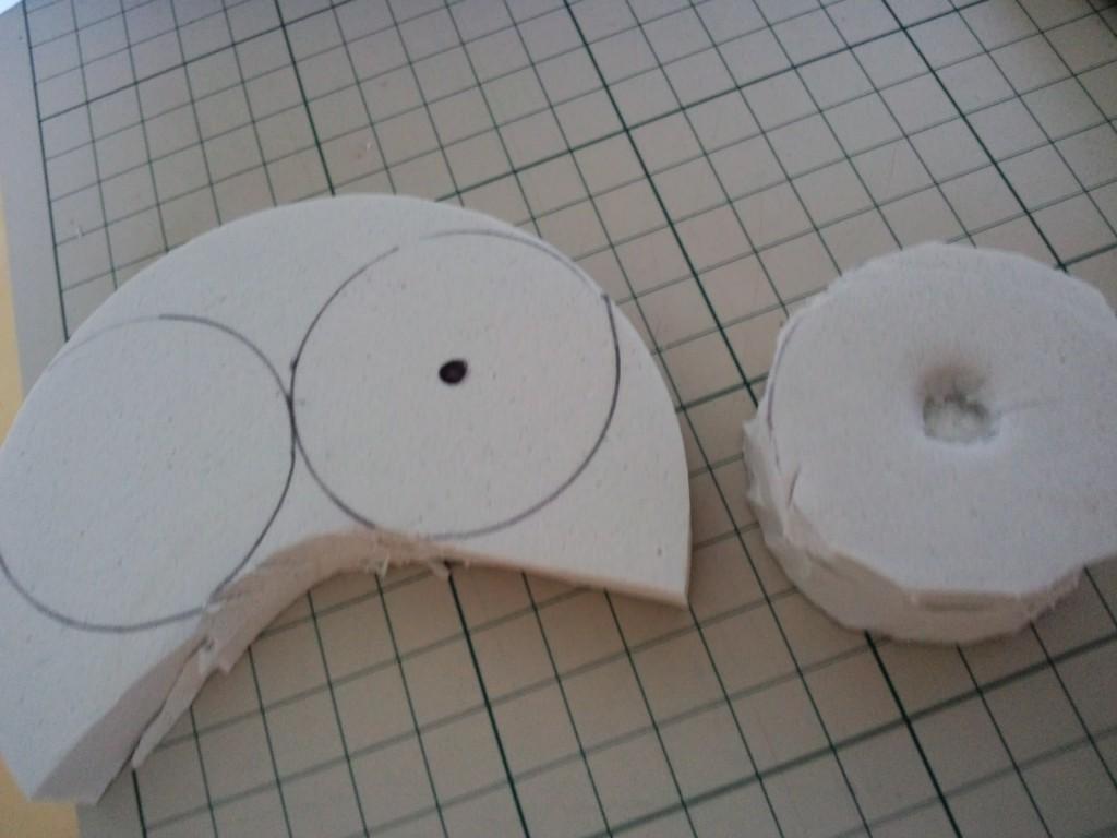 中央にはめ込むメス部分を作って二枚重ねにします