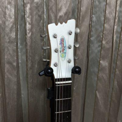吊り下げ式のギタースタンドを購入